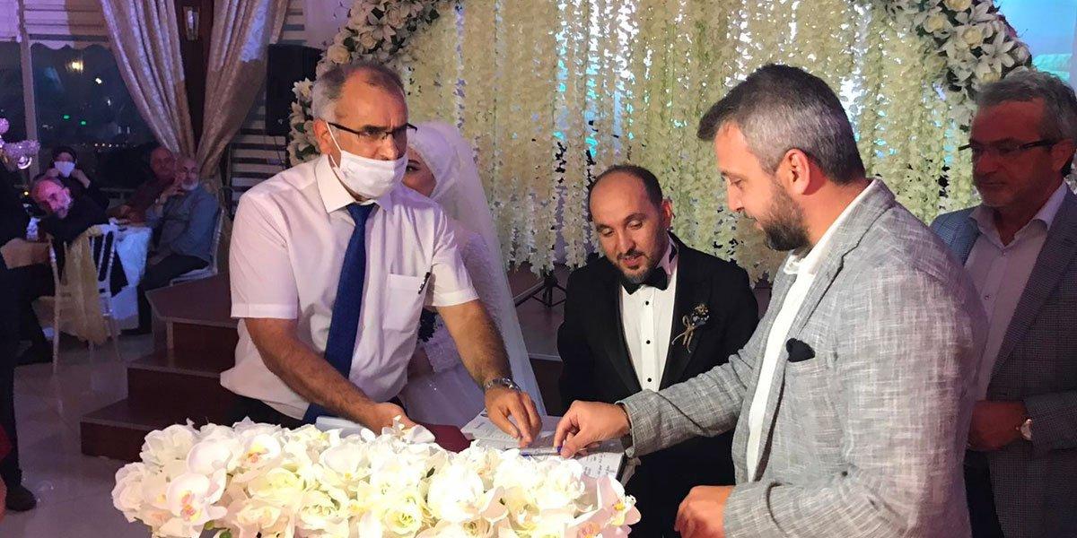 Genç PESİAD Yönetim Kurulu Üyemiz Cüneyt Şallı nın Düğününe Katılım Sağladık-1
