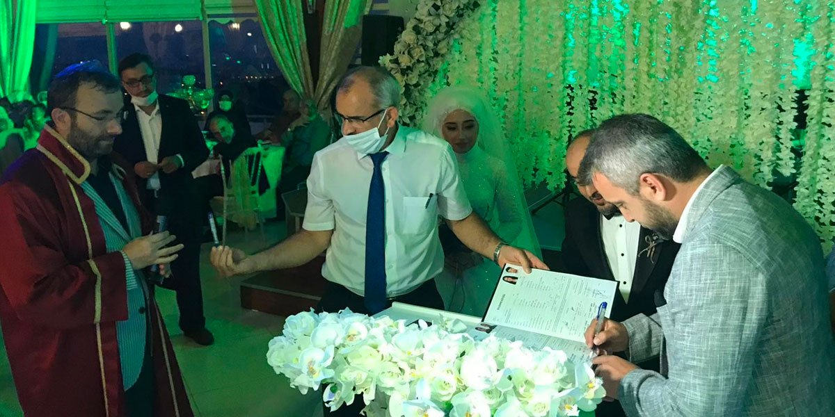 Genç PESİAD Yönetim Kurulu Üyemiz Cüneyt Şallı nın Düğününe Katılım Sağladık-3