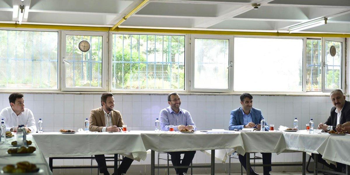 Kurtköy Bölgesi Sanayi Sektörü Yöneticileri İle Bir Araya Geldik-13