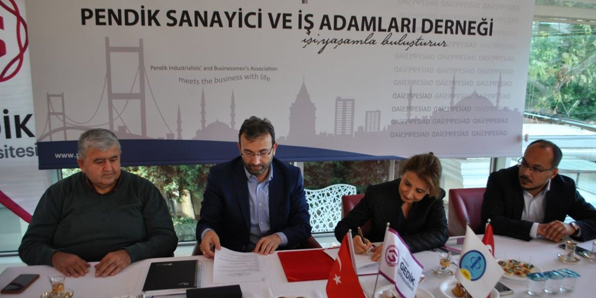 PESİAD ile Gedik Üniversitesi Protokol İmzaladı-0