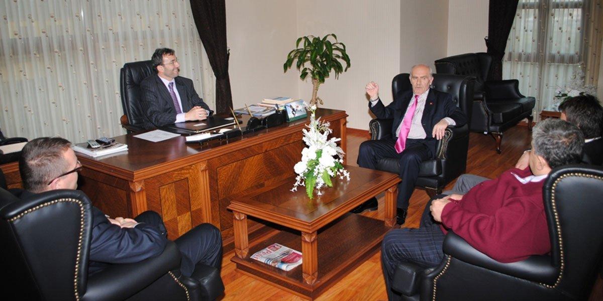 Pendik Halk Eğitim Merkezi Müdürü Binvar Kurbanoğlu PESİAD'ı ziyaret etti.-0
