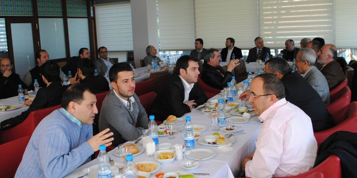 Ev sahipliğini Hasan Topaloğlu'nun yaptığı gelenekselleşen Onur Kurulu Kahvaltımız-0