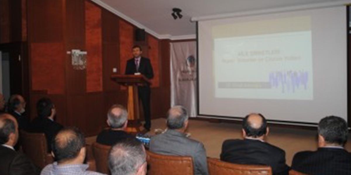 """""""Aile Şirketlerinde Yaşanan Sorunlar ve Çözüm Önerileri"""" konulu seminer-3"""