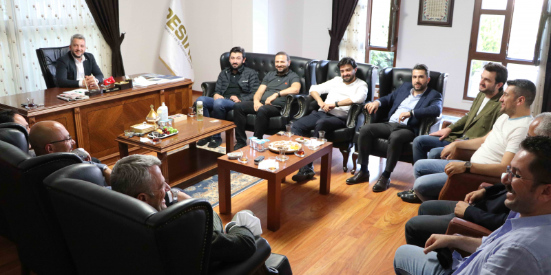PESİAD Yönetim Kurulu Üyelerimizle Bir Araya Gelerek Sezonumuzun Son Toplantısını Gerçekleştirdik